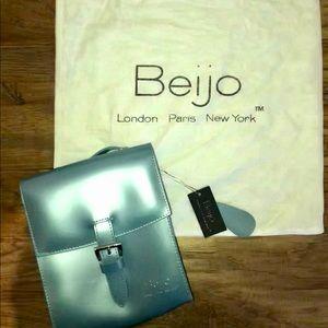 Beijo Crossbody Bag
